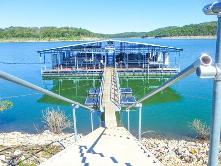 BULL SHOALS LAKE BOAT DOCK